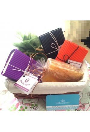 GIFT ΒΟΧ WITH 5 SOAPS