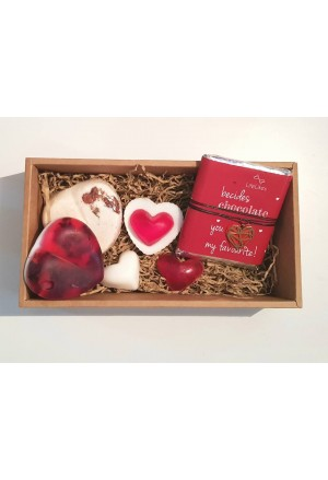GIFT BOX WITH SOAPS, CHOCOLATE KAI NECLACE